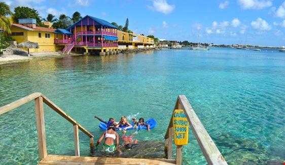 Bonaire, Saint-Eustache et Saba