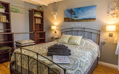 Comfortable Room - 10 Minute Drive To The Strip!