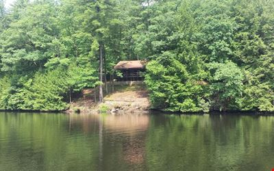 Private Riverfront Stone Cottage on the Clarion