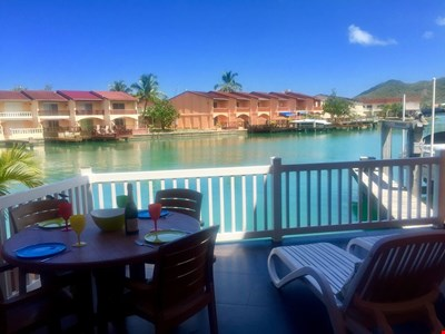 Beautiful waterfront villa close to beach. New shower rooms and deck. Free WiFi
