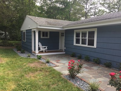 Enjoy waterfront living~ newly renovated~ 3 BR~ close to everything Falmouth!!