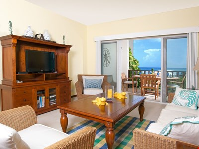 """Shoal Bay #1 Beach by """"Refined Retreats""""~2 King Suites, Full Kitchen, Amazing Views!"""