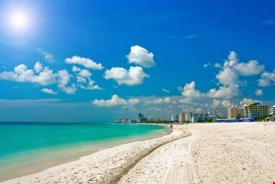 OCEAN Dr, Steps to Beach, NICE POOL  APT. 1/1, .Open view ,parking limited  ask