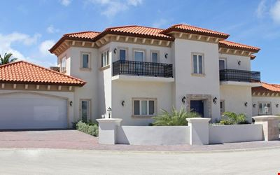Maginificent Tuscan villa n/hotels beach, upscale res. dev. SPECIAL OFFER!