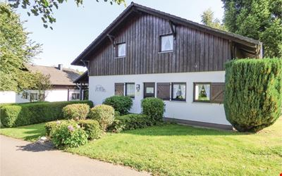 3 bedroom accommodation in Thalfang