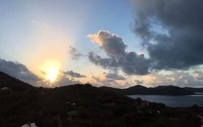 Great Location Beautiful Sunrises and Views in Coral Bay