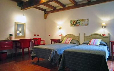A house in the heart of Rome, ideal to visit on foot. Comfort and calm area