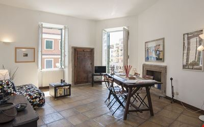 CARACALLA house, apartment full of atmosphere, in the archaeological area of Rome