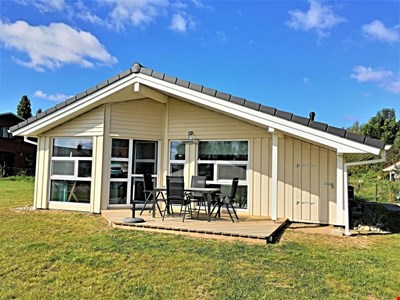 "Holiday home ""Am Salzhaff"" with proximity to the beach and the Baltic Sea on the island of Poel"