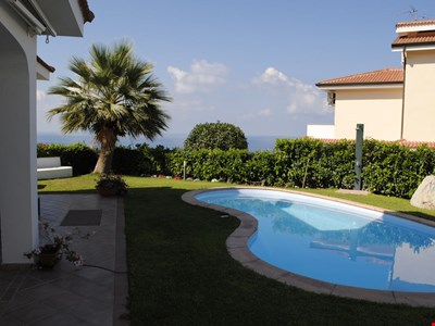 Villa with private pool, sea view terrace, village and beach nearby