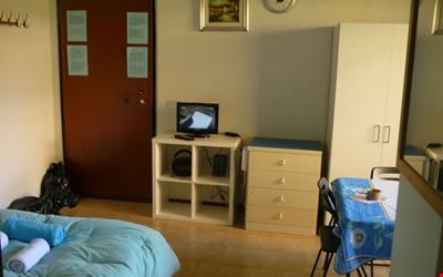 studio apartment in private residential complex in v chusa with road traffic