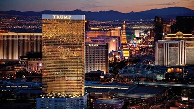 Luxury Trump Tower * Resort Pool * World Famous Pampering* Complimentary Valet*