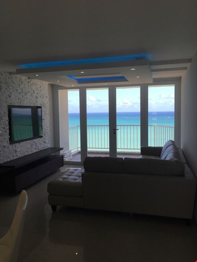 Marbella del Caribe Condo - Amazing Oceanfront View with electricity and water