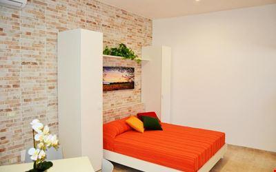 L'Aurora Apartments
