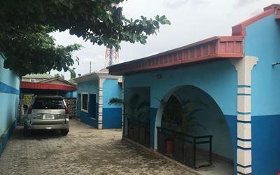 Tonis Hotel Kubwa