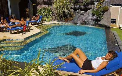 Manta Ray Bay Resort
