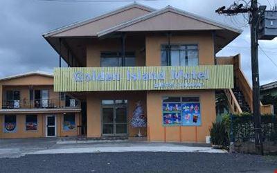 Golden island motel