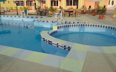 Extravaganza Resort Hotel