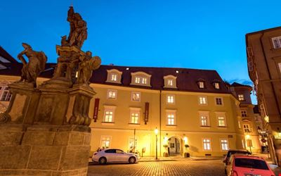Old Royal Post Hotel