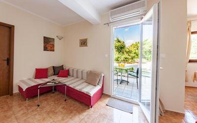 Apartments Nenad & Marija